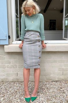 grey pencil skirt - Fashion Ideas Order the Laura Jade Grey Heritage Check High Waisted Midi Skirt With Button Side Split from In The Style. Shop today with next day delivery available until Casual Work Outfits, Mode Outfits, Work Attire, Office Outfits Women, Cute Professional Outfits, Dress Casual, Casual Dressy, Work Outfits Office, Winter Work Outfits