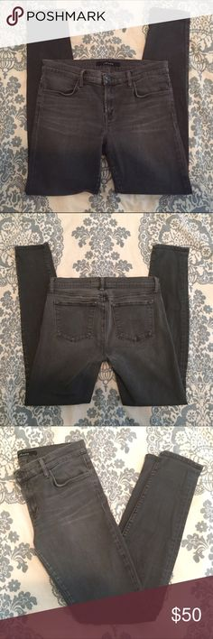 """J Brand Super Skinny Jeans size 29 J Brand Super Skinny jeans in Dare, size 29. Lightly worn, in great condition. 29"""" inseam and 10"""" leg opening. J Brand Jeans Skinny"""