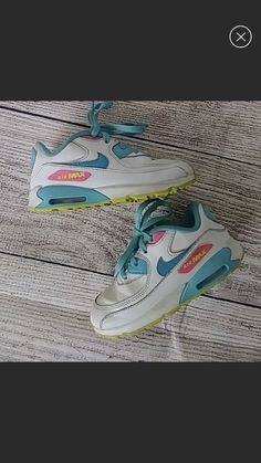 Toddler boys gray   white nike Air Max Tavas Sneakers shoes SIZE Condition  is Pre-owned. 3bfc60e82