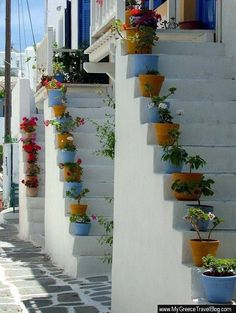 Stairs in Paros island ,Greece Paros Greece, Santorini Greece, Mykonos, Beautiful Places To Visit, Beautiful World, Greece Pictures, Paros Island, Greece Islands, Greece Travel