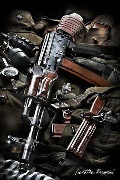 AKS-74 - http://www.rgrips.com/en/article/89-browning-1917