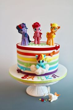 My little Pony - cake by tomima Little Girl Birthday Cakes, Little Girl Cakes, 7th Birthday, Cake Birthday, Bolo My Little Pony, My Little Pony Party, Anniversaire My Little Pony, Daisy Cakes, Little Poney