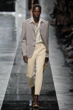 Fendi | Menswear - Spring 2018 | Look 49