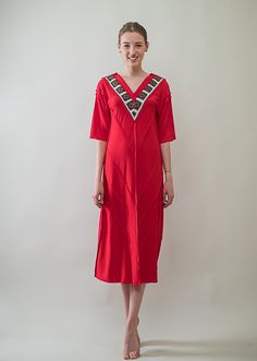 Short Sleeve Dresses, Dresses With Sleeves, Cover Up, T Shirt, Collection, Fashion, Needlepoint, Supreme T Shirt, Moda