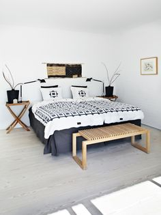 The chic ethnic touch? Here are 8 deco ideas to adopt the spirit of the trip to your home. - Decoration For Home Ethno Style, Cosy Bedroom, Interior Decorating, Interior Design, Hotel Suites, Interior Inspiration, Decoration Inspiration, Room Decor, House Design