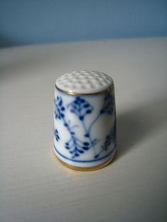 Haberdashery | Thimble | Ceramic | Blue And White