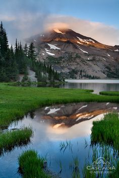 ..Glimmer - Three Sisters Wilderness Oregon..