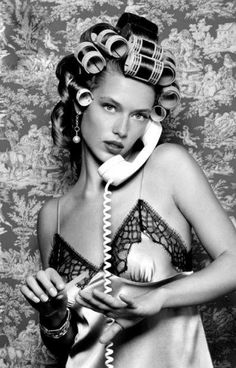 Picture of Hannah Ferguson Pin Up, Shotting Photo, Photo Instagram, Curlers, Up Girl, Mode Inspiration, Editorial Fashion, Ideias Fashion, Fashion Photography