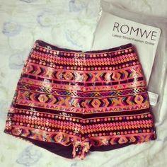 romwe:  Aztec shorts from romwe.com Street style follow @ROMWE @ROMWE