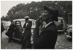 "Robert Frank | The Americans,Foto 3.  ""Funeral — St. Helena, South Carolina,"" 1955. Robert Frank via Pace"