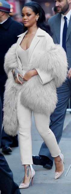Rhianna killed this look