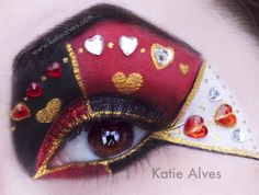 Alice in Wonderland Queen of Hearts Costume | Alice In Wonderland Inspired Eye Makeup