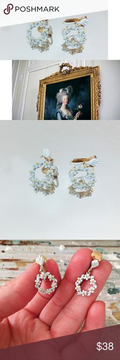 Vintage Earrings Daisy Dangle Gold White Yellow Vintage Earrings Dangle Drop  🔹 Ring of daisies  🍀 Art deco sunrise pattern & Gold Tone clip  🔹 approx 2.5cm long & the daisy rings are approx 1.5cm wide  🍀 beautiful & EUVC  🔹 clip earrings may need to be adjusted Vintage Jewelry Earrings