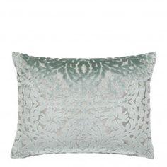 gorgeous cushion