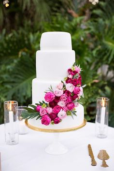 Featured Photographer: Alyssa Marie Photography; Wedding cake idea.