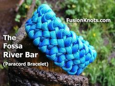 How to Make a Fossa River Bar, Paracord Bracelet by TIAT - YouTube