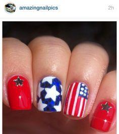 Cute red, white and blue patriotic nail art, stars & flag, of July New Nail Designs, Simple Nail Designs, Usa Nails, Patriotic Nails, Different Types Of Nails, Water Marbling, Flag Design, Nail Tech, Nails Inspiration