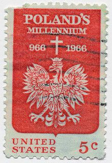 A postage stamp from the United States on the anniversary of Poland's Millennium Znaczek pocztowy upamiętniający 1000 lat Polski - orzeł w koronie. Ville New York, Visit Poland, Vancouver, Vintage Stamps, Central Europe, My Heritage, Fauna, Vintage Travel Posters, Stamp Collecting