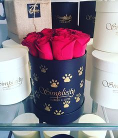 #paws and #roses Roses, Flowers, Gifts, Presents, Pink, Rose, Favors, Royal Icing Flowers, Flower