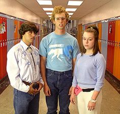 Napoleon Dynamite [L to R]: Efrem Ramirez as Pedro, Jon Heder as Napoleon & Tina Majorino as Deb Napoleon Dynamite Costume, Trio Halloween Costumes, Halloween Party, Halloween Ideas, Scary Costumes, Halloween Snacks, Halloween 2016, Halloween Makeup, Costumes