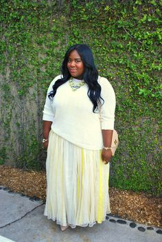 Musings of a Curvy Lady layers a sweater over her fave maxi!