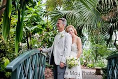 Fredrick meijer garden weddings, wedding picture ideas, www.jamiemay.com