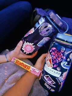 Hayride Jugs, Milk Jug Crafts For Christmas - Antique Milk Jug, Crates Ideas Plastic. Womens Fashion Online, Latest Fashion For Women, Milk Jug Crafts, Hydro Flask Water Bottle, Cute Water Bottles, Granola Girl, Stainless Steel Types, Cute Stickers, Fashion Accessories