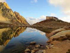 Refuge construit à 2514 m d'altitude dans le massif de Beaufortain, Architecte Atelier 17 C - Architectes (38)
