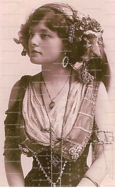 Vintage Gypsy Photo 4 x 6  i find this photo is so many sites. in love with that vest....!!!