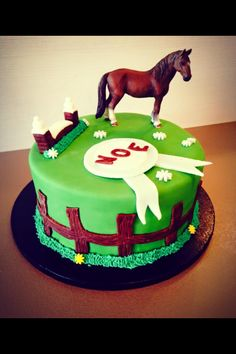 Gateau equitation pate a sucre