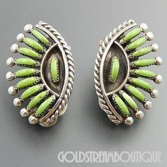Ed Jennie Vicenti Native American Vintage Zuni Sterling Silver Needlepoint Gaspeite Clip Earrings