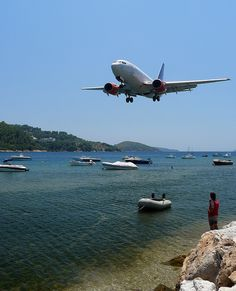 Love plane watching, especially at the end of runway beach in Skiathos ✈️ Skiathos Island, Places To Travel, Places To Visit, Samos, Island Beach, Future Travel, Travel Goals, Greece Travel, Greek Islands