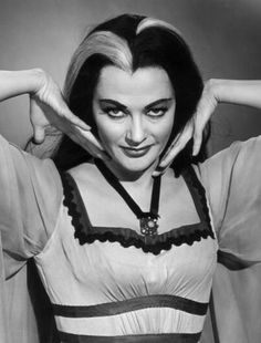 The second Gothic TV mom was Lily Munster (played by Yvonne De Carlo), also known as the Countess of Shroudshire (Dracula). Description from sabrebiade.hubpages.com. I searched for this on bing.com/images