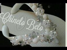 0b467d15b2 Sandália bordada com flores de cristais e pérolas Cida reis - YouTube  Chinelos De Noiva