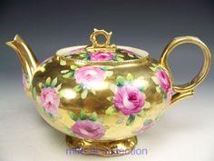 BEAUTIFUL NIPPON HAND PAINTED ROSES GOLD GILT TEA POT