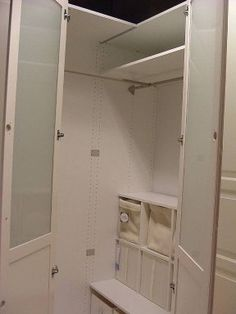 1000 images about closets on pinterest closet puertas for Armario esquinero ikea
