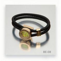 Pulsera Daferro muy elegante por sólo 35€  http://www.tutunca.es/pulsera-daferro-cordon-elastico-negro-cierre-dorado-belevel