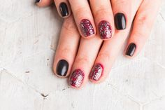 How to Paint Acrylic on Nails | Nail Art Tricks by Makeup Tutorials at http://makeuptutorials.com/nail-art-25-beautiful-spring-nail-art-ideas