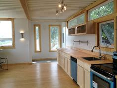 Sarah House, an affordable green container home with 1 bedroom in 672 sq ft. Sarah House Utah is a small non-profit organization intent on creating affordable and sustainable housing for people on low incomes. The design uses two 8′ by 40′ containers placed side-by-side. SmallHouseBliss