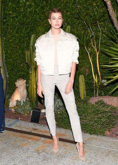 Hailey Baldwin..... - Celebrity Fashion Trends