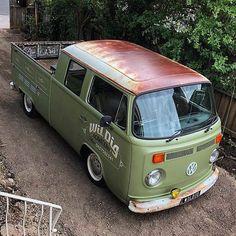 Volkswagen Transporter, Bus Camper, Volkswagen Bus, Vw Pickup, Pickup Trucks, Kombi Pick Up, Combi T2, Gmc Vans, T2 T3