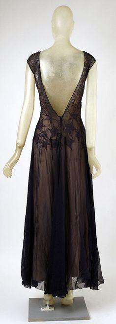 Evening dress Madeleine Vionnet  (French, Chilleurs-aux-Bois 1876–1975 Paris)   Date: 1937 Culture: French Medium: silk, cotton. Back