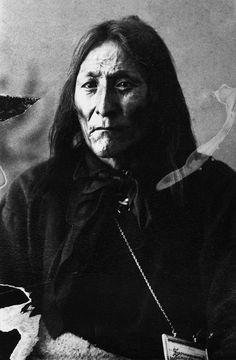Crowfoot, Blackfoot Chief, 1887.   Via Glenbrow Museum, Flashbak.