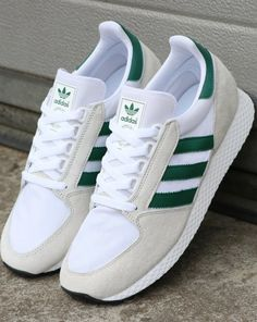 Adidas Forest Grove Trainers Pure White/Green Source by mens Green Adidas Trainers, Adidas Sneakers, Shoes Sneakers, 80s Shoes, Green Sneakers, Mens Trainers, Sneakers Fashion, Fashion Shoes, Fashion Outfits