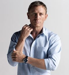 Daniel Craig looks like my boyfriend