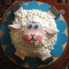 La mia sheep cake!