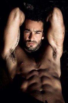 AARON-DIAZ Aarón Díaz Spencer is a Mexican actor, singer, and model. Aaron Diaz, Hot Mexican Men, Telenovela Teresa, Latin Men, Hottest Male Celebrities, Male Photography, Interesting Faces, Good Looking Men, Muscle Men