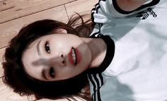 Kim Jennie, Blackpink Video, Foto E Video, Taekook, K Pop, Smile Gif, Blackpink Members, Black Pink, Kim Jisoo