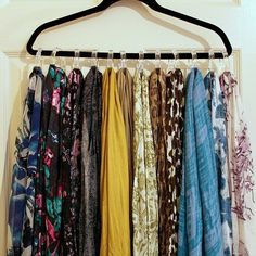 a hanger & shower curtain hooks for scarf storage Scarf Hanger, Diy Scarf, Scarf Rack, Scarf Ideas, Coat Hanger, Scarf Organization, Home Organization, Organizing Drawers, Clothing Organization