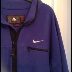 Men's Nike All Condition Gear Fleece ACG ZIP FLEECE THERMAFIT. Gently used! Classic fit and superior insulation. Nike Jackets & Coats